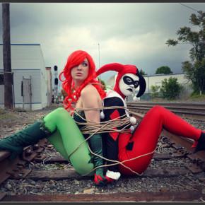 El Mejor Cosplay del Mundo - Harley Quinn y Poison Ivy