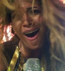 Beyonce cantando